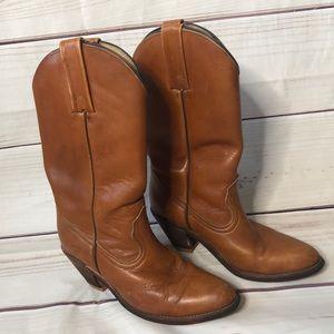 Vintage Frye Western Boots. Size 7.5